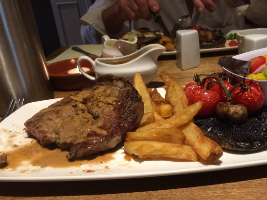 Hadlow, UK: Steak Night