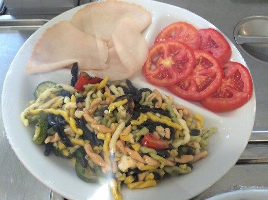 Nichelino, Italia: piatti freddi