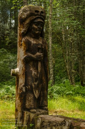 Kincraig, UK: Incredible and thought provoking sculptures using natural materials.