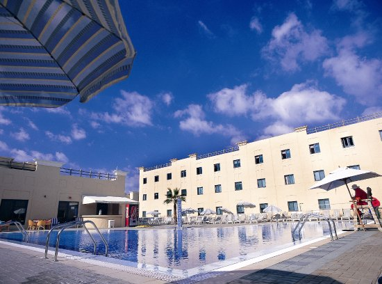 The Emirates Academy Lodging Picture
