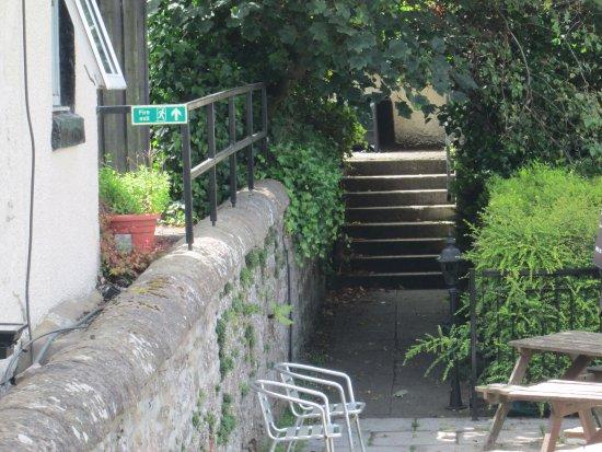 Clachnaharry Inn: beer garden