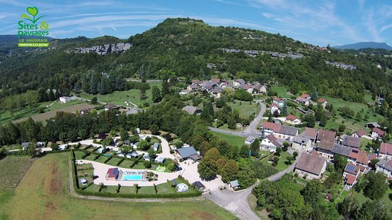 Artemare, France: vue du camping