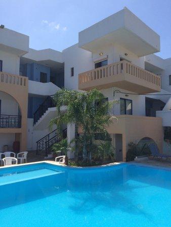 Esplanade Hotel Apartments: photo0.jpg
