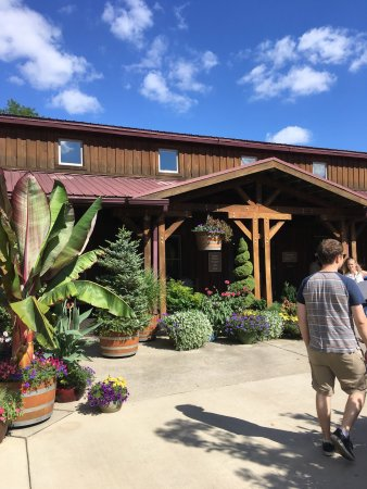 Hotels Near Oliver Winery Bloomington