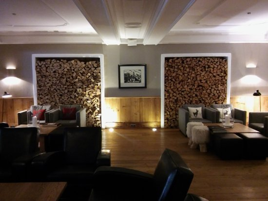 Hotel Kitzhof Mountain Design Resort: Bar Lounge Bereich