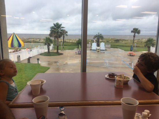 Days Inn & Suites Jekyll Island