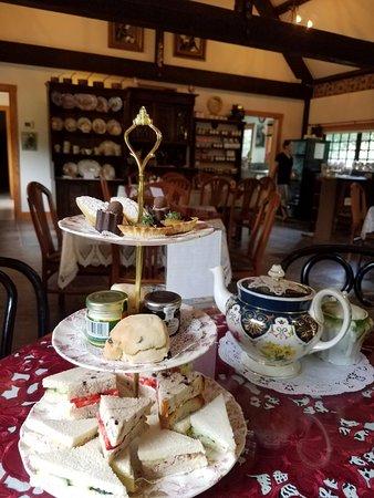 Anne Hathaway Cottage Tea Room Staunton Virginia