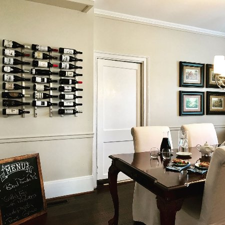 The Inn on Turner: Happy hour appetizers and wine set out in the dining room.