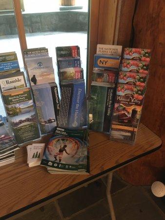 Tuxedo Park, Estado de Nueva York: Free Brochures