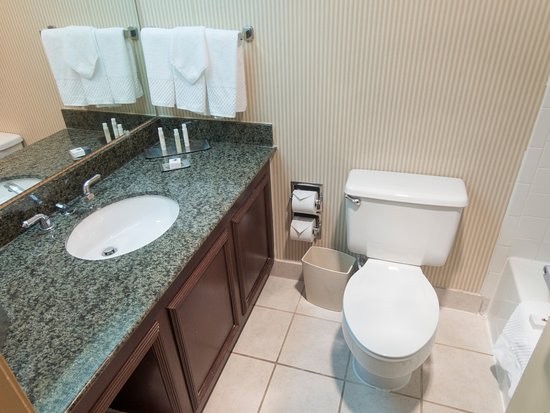 DoubleTree by Hilton Hotel Newark Airport: DoubleTree by Hilton Newark Airport