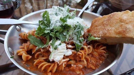 Chesterton, IN: Albano's Pasta Shop & Restaurant