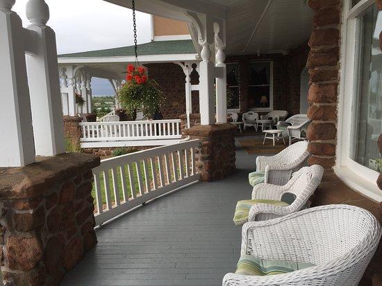 Dalvay By The Sea front porch