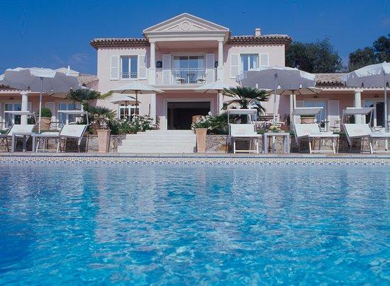 Villa Les Rosiers, hôtels à Grimaud