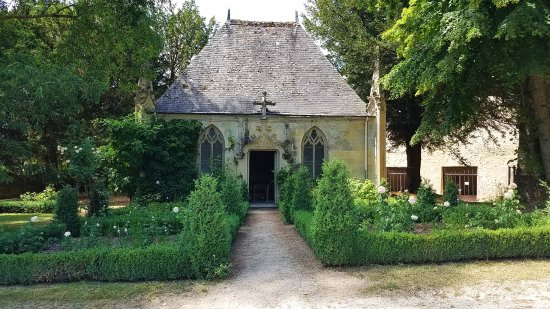 Chateau de la Bourdaisiere: A small chapel on the ground
