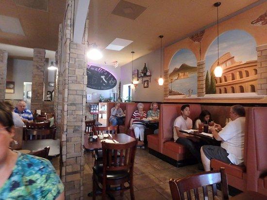 วิลก์โบโร, นอร์ทแคโรไลนา: Interior of the Restaurant