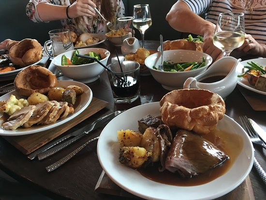 Lincolnshire, UK: OUR SUNDAY ROASTS