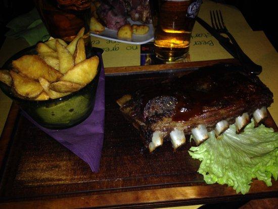 Sisten Irish Pub : Costine BBQ