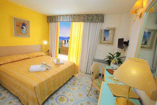 Hotel Solemar Terme Beach And Beauty Ischia Na