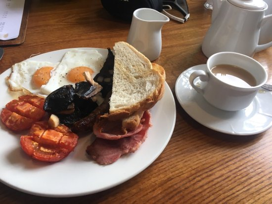 Hovingham, UK: All day breakfast
