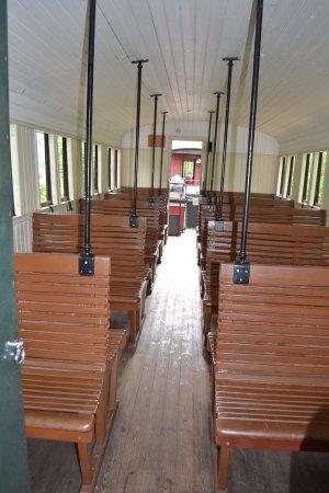 Guitres, ฝรั่งเศส: la 1er classe des trains d'antan