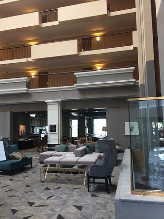 Hilton Chicago Oak Brook Suites: photo1.jpg