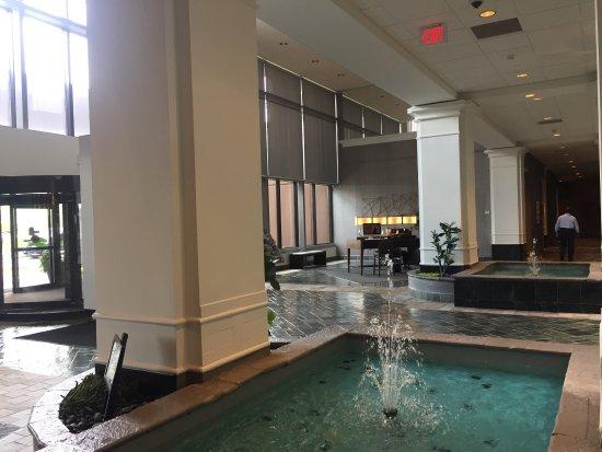 Hilton Chicago Oak Brook Suites: photo2.jpg