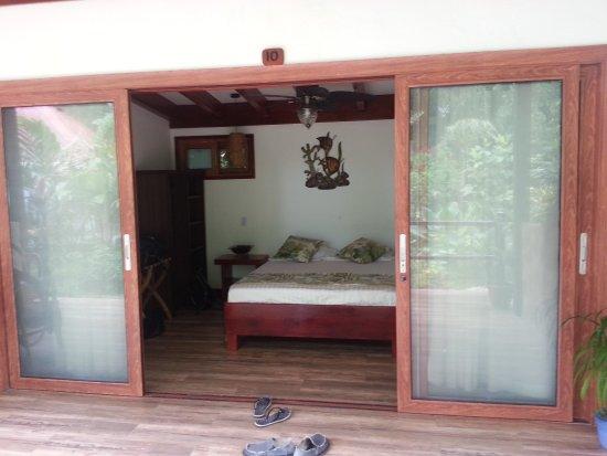 Playa Bluff Lodge Picture
