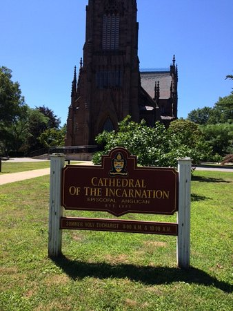 Welcome sign, Cathedral of the Incarnation, Garden City, NY. 7/30/2017