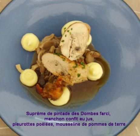 Satigny, Switzerland: Cafe-de-Peney-B70727-5-Plat-principal-menu75