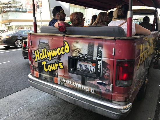 Hollywood Tours: Outside view of the bus