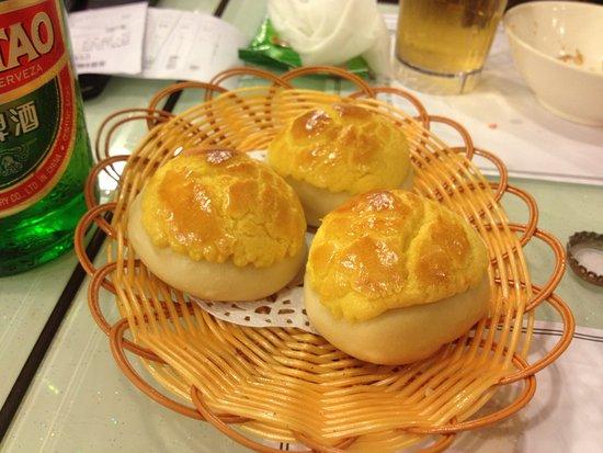 DimDimSum Dim Sum Specialty Store Wan Chai Pineapple Buns With Custard Filling