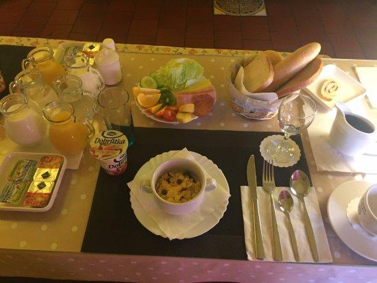 Pension Adalbert: café da manhã maravilhoso