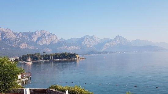 Club Med Kemer: vue depuis le bas de la colline