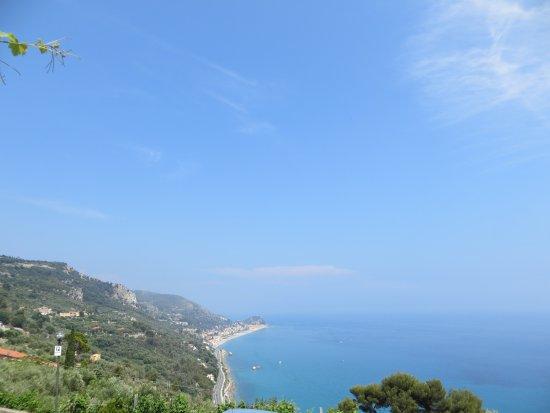 Hotel Ristorante La Gioiosa: Blick auf das Meer