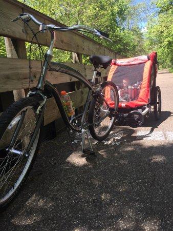 Nelsonville, OH: Hockhocking Adena bikeway