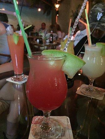 Entasis Cocktail Bar Εικόνα