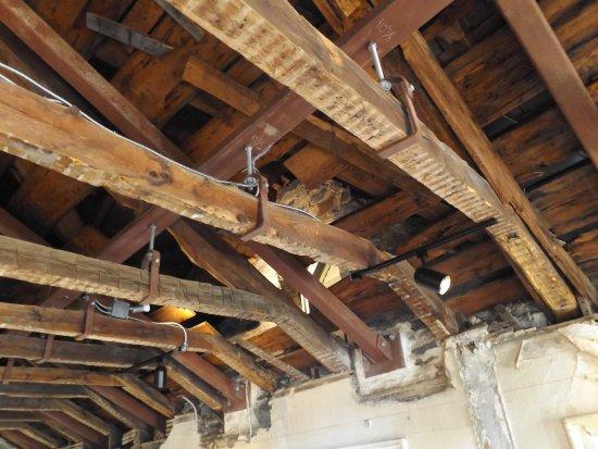 Kingston, NY: Under the roof