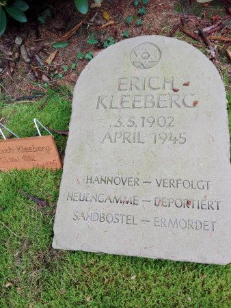 Sandbostel, ألمانيا: Kriegsgräberstätte Sandbostel