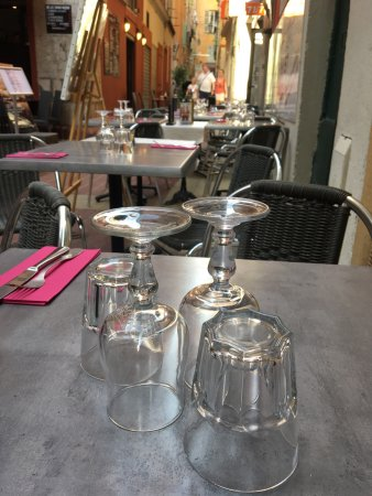 Les Choucas Nice Restaurant