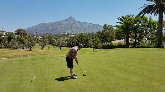 Los Naranjos Golf Club: Greens good shape July 17
