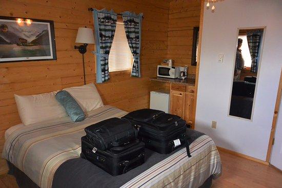 Tok, AK: Inside the cabin.