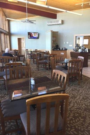 Monte Vista, CO: breakfast area