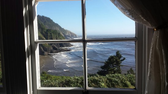 Heceta Head Lighthouse Bed and Breakfast: Mariner Room View