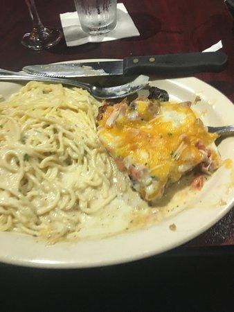 Giadas Trattoria: Chicken prosciutto