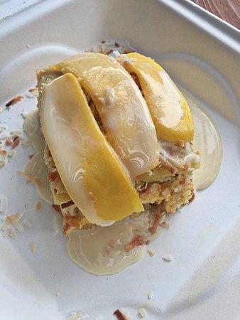 Ojo Caliente (ชุมชนโอโค กาเลียนเต), นิวเม็กซิโก: Coconut Mango Tres Leches cake