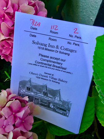 Solvang Inn and Cottages: Free Breakfast