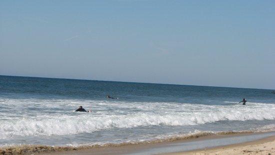 Ditch Plains: Surfing