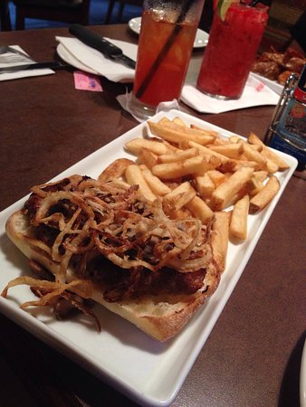 Sault Ste. Marie, كندا: Casey's Grill Bar