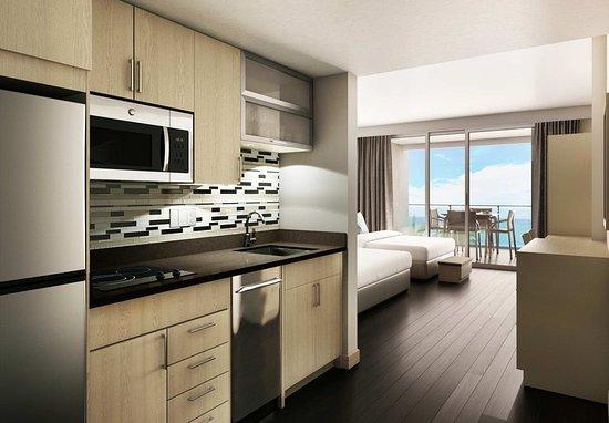 Sunny Isles Beach, FL: Queen/Queen Studio Suite