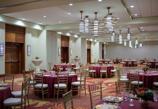 Seattle Airport Marriott: Ballroom – Banquet Setup